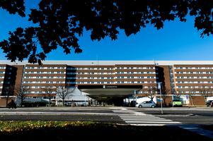Sjukhuset i Sundsvall har brutit mot ett gammalt förbud , anser Arbetsmiljöverket.