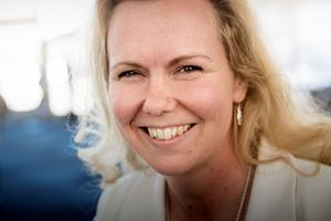 Veronica Eriksson var på plats på öppet hus för att presentera ett nytt smycke.