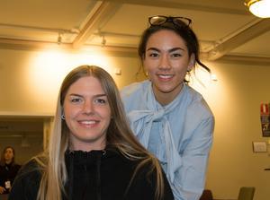 Lilly Anrep och Alexandra Wiberg är ledare för en av Kvartersteaterns ungdomsgrupper.