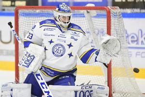 Axel Brage räddade 24 skott i Leksands knappa förlust mot HV71 på lördag.