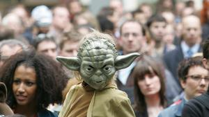 Star warskaraktären Yoda är en populär figur bland anhängarna till filmserien. Foto: ALASTAIR GRANT/AP/TT