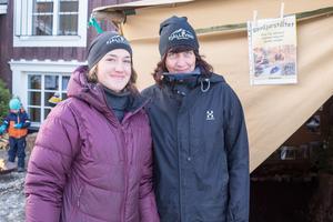 Ida Kristoffersson och Lisa Persson tog hand om barnen (och de vuxna) som ville se och uppleva äventyrslandet.
