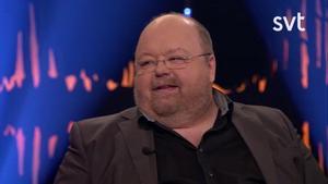 Kalle Moraeus gästar kvällens Skavlan. Foto: SVT
