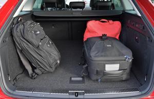 Just bilen och väskorna på bilden har inget med artikeln att göra. Foto: Anders Wiklund / TT