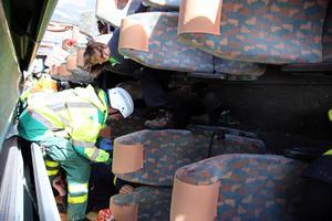 Passagerarna i bussen satt fast.