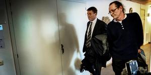 Thomas Bodström och Richard Lundgren utanför rättssalarna i Ångermanlands tingsrätt.