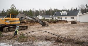 En VA-anslutning i SBB-kommunerna för en en så kallad A-villa med 800 kvadratmeter tomt kostar 143 724 kronor i Bergslagskommunerna. Ett flerfamiljshus kostar nästan en halv miljon kronor. Arkivbild.
