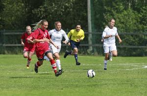 Simone Edefalls Bik var chanslöst mot Assi.   Foto: Tomas Frånlund/Arkiv