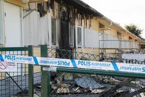 Det är fortfarande avspärrat av polisen efter måndagkvällens brand på förskolan Anemomen.