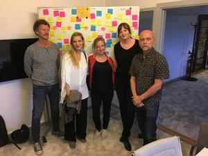 Från vänster: Magnus Abrahamsson, Charlotta Jonsson (inläsare) Felicia Welander, Karin Janson, Gunnar Svensén.