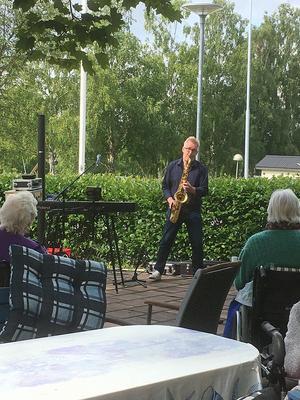 Glenn Millers musik spelades på saxofon. Foto: Christine