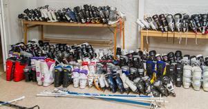 Skridskor och slalompjäxor tömdes på Fritidsbankerna i vintras och alla Fritidsbanker tar emot allt som folk kan tänkas vilja skänka vad gäller sport och fritid.