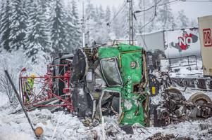 I krocken demolerades loket fullständigt. Bild: Niklas Hagman