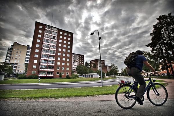 På Pettersberg finns en kriminalitet med religiösa förtecken, enligt en rapport från Försvarshögskolan.
