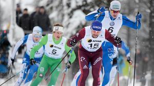 IK Jarls Emil Johansson (5) gör världscupdebut i Lillehammar. Bild: Ulf Palm/TT.