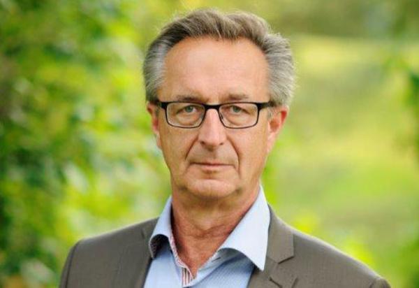 Tomas Högström, Moderaterna, regionstyrelsens andre vice ordförande.