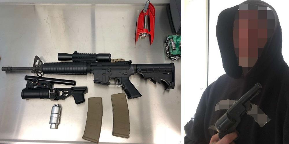 Tre personer döms för grova vapenbrott till fängelse mellan två och tre år.
