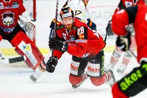 Jens Olsson spelade i SSK från 2007 till 2010, och var bland annat med och tog laget till elitserien. De senaste sju åren har han spelat för Malmö Redhawks i sin hemstad. Foto: Bildbyrån