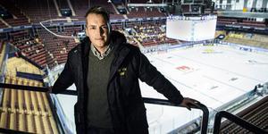Tomas Montén på plats i Tegera Arena i Leksand under TV-pucken. Där hade han många viktiga budskap att skicka med till de ungdomar som spelar turneringen – och de som inte kommer med.