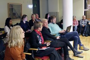 Medlemmar från Kristiansborgsbadets vänner besökte fastighetsnämnden vid allmänhetens frågestund på tisdagen.