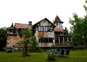 Villan på Raholmsvägen på Alnö är den mest klickade på Hemnet i Medelpad i år.