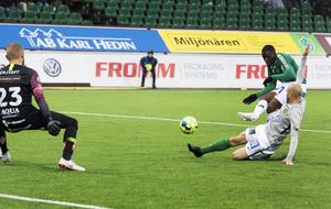 Christian Kouakou har precis skickat iväg skottet som betydde 3–1. Foto: Ulf Palm/TT