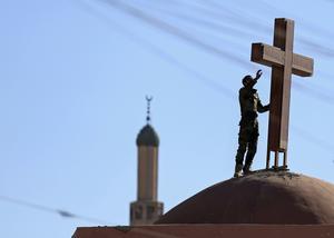 Återuppbyggnad i Mosul. Foto: AP Photo/Hadi Mizban/AP Photo/TT Nyhetsbyrån