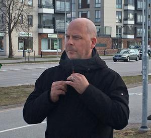 Patrik Jämtvall svarar på en insändare om motståndet mot BRT-busarna i Örebro.