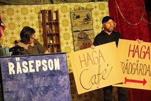Som hotellägare är finska Cirka Nitti, till vänster, allt som oftast på scenen. Hon spelades av Bitte Holländare.