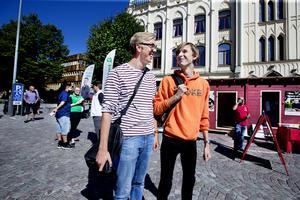 Axel Hyttnäs-Thelin, förstagångsväljare och Adam Råstock som får rösta först i nästa val.