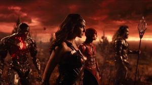 Gal Gardot spelar Wonder Woman – en efterlängtad hjälte. Foto: Courtesy of Warner Bros. Pictures/CAPITAL PICTURES/TT