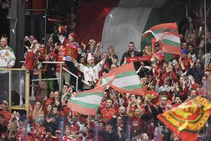 Mora IK och Smidjegrav Arena fick dispens igen, vilket Anders Källström inte har problem med. Bild: Ulf Palm/TT