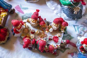 Tomtefamiljen som äter julfrukost tillsammans är Astrids senaste tillskott i samlingen.