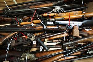 Efter två veckors vapenamnesti har en handfull vapen lämnats in vid polisstationen i Ludvika.