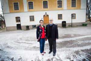 Per Bill flyttade till Gävle slott med frun Louise Landerholm Bill och två barn.