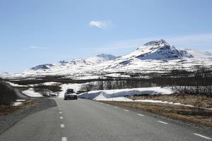 Rennäringen störs av ökad turism och en nationalpark hade kunnat lösa vissa av de problemen menar Jonas Kråik från Handölsdalens sameby. Andra medlemmar i samebyn tycker annorlunda.