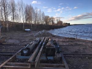 Närmaste granne till Sjöstaden blir slipern som brukas av bland annat M/S Gustaf Wasa och S/S Engelbrekt. Slipern är säkrad i detaljplanen – de boende får acceptera eventuellt slammer därifrån.