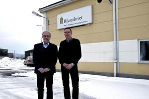 Anders Udd, direktör på MKC, och Martin Bjersby, tf divisionschef på Riksarkivet.
