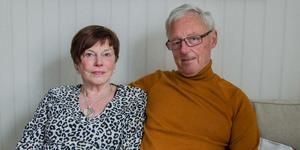 Carina och Tord Östberg firar sitt guldbröllop genom att förnya sina äktenskapslöften.