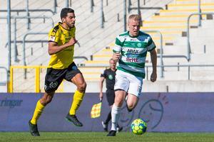 Simon Johansson är tillbaka i startelvan. FOTO: Bildbyrån.