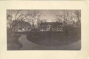 Carlslunds herrgård under tidigt 1900-tal. Foto: Okänd/VLM