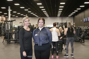 Den nyöppnade träningshallen innebär också nya arbetstillfällen. Malin Hjelm, platsansvarig och instruktör, och Ida From, receptionist, är heltidsanställda på Nordic Wellness på Norrtäljeporten.