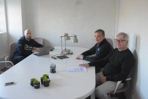 Från vänster: Mattias Bergdahl, sportsligt ansvarig, Stefan Karlsson, ordförande, och Pär Opard, klubbchef.