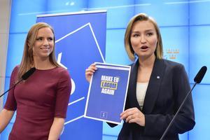 Foto: Anders Wiklund / TT    Kristdemokraternas  EU-kandidat Sara Skyttedal och partiledare Ebba Busch Thor när de presenterade partiets EU-valmanifest.