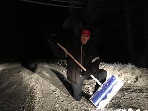 Tommy Håx i Skenshyttan har varit utan vatten och ström i ett dygn.