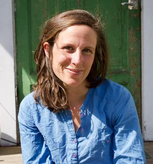 Annevi Sjöberg, Stjärnsund, är trädgårdsförfattare och skogsträdgårdsexpert.