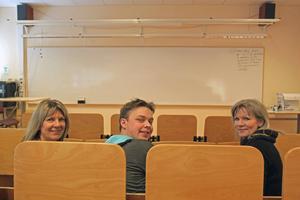Tre av jurymedlemmarna var näringslivsutvecklare Susanne Hedberg Eriksson, förra årets UF-elev Oskar Johansson och Viviann Tällberg från kommunens näringslivsenhet.