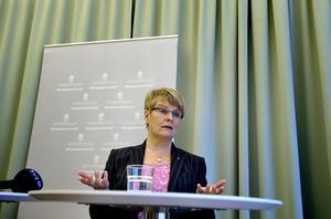 I skottgluggen. Maud Olofsson och Centerpartiet får kritik för att de förlöjligar svensk välfärd.foto: scanpix