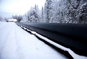 I den 250 meter långa tuben leds vattnet från Källsjön till Kraftverket.