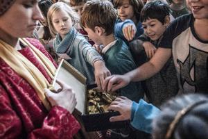Jesusbarnets gåvor väckte nyfikenhet.